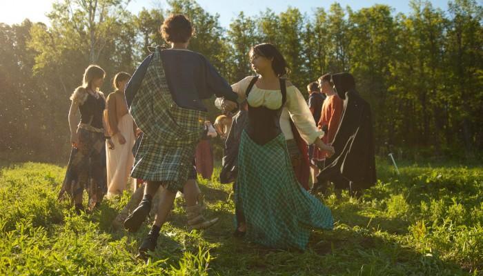 Танцы на солнечном лугу