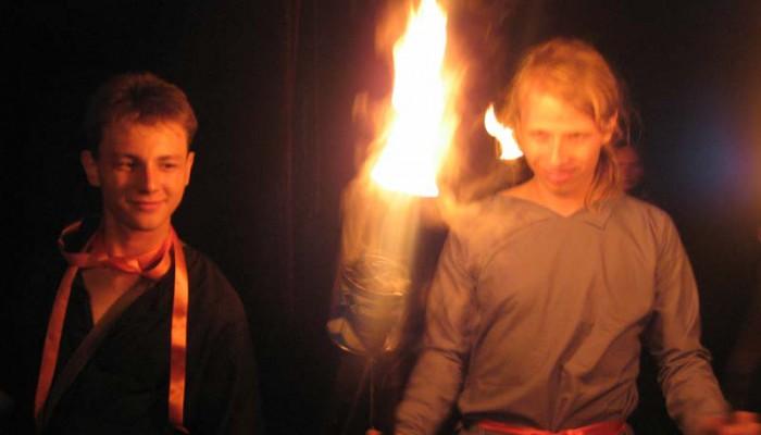 Даник и Братопетр в огне